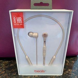 NWT BeatsX Matte Gold Headphones
